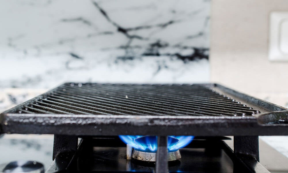 how_to_use_cast_iron_griddle_on_gas_stove