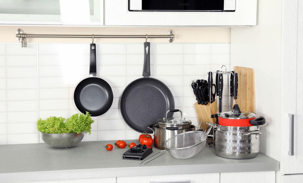 Best_Cooking_Utensils_for_Nonstick_Cookware